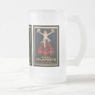 Conception française vintage d'affiche de la mug en verre givré