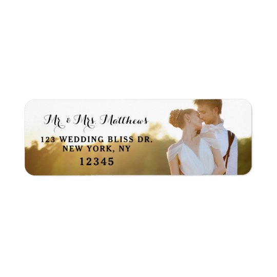 Conception l'épousant de retour de bonheur des étiquette d'adresse retour