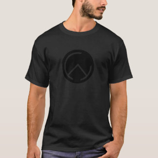 Conception pointue de T-shirt