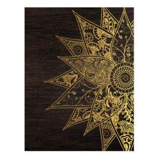 Conception tirée par la main de henné à la mode carte postale