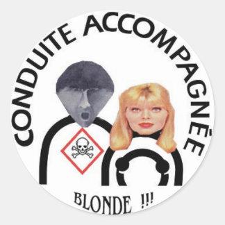 conduite accompagnée et blonde sticker rond