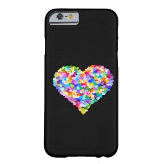 Confettis de coeurs d'arc-en-ciel coque iPhone 6 barely there