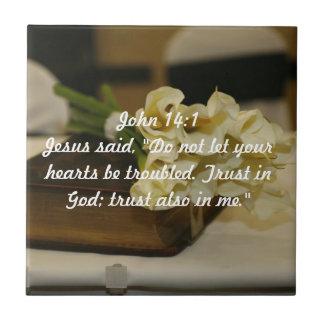 Confiance de 14:1 de John dans le vers de Dieu Petit Carreau Carré