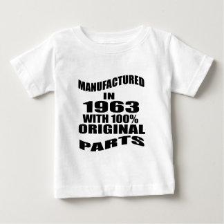 Construit en 1963 avec des pièces d'original de t-shirt pour bébé