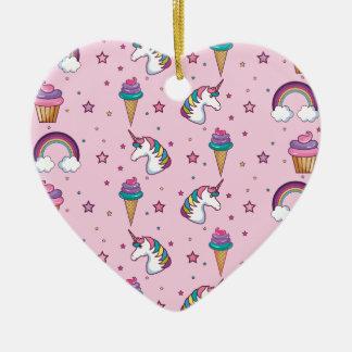 Conte de fées de licorne de glace de petit gâteau ornement cœur en céramique