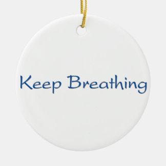 Continuez la respiration ornement rond en céramique