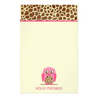 Copie de girafe et papeterie rose de hibou