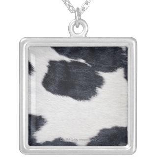 Copie de peau de vache pendentif carré