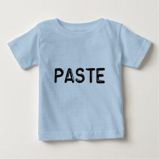 Copie et pâte - pâte t-shirt pour bébé