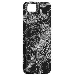 Coque Barely There iPhone 5 Caisse noire et blanche de l'iPhone 5 de dragon