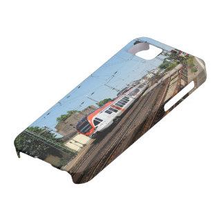 Coque Barely There iPhone 5 Train des personnes dans la maison crue au Rhin