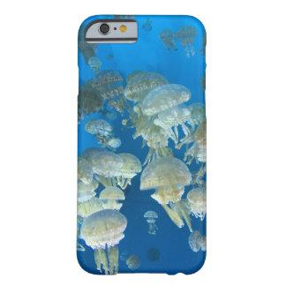 Coque Barely There iPhone 6 Cas de l'iPhone 6/6s de terrain de jeu de méduses