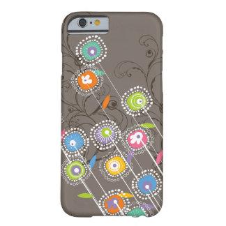 Coque Barely There iPhone 6 Floral coloré lunatique de jardin d'agrément super