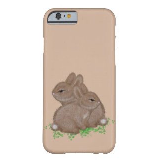 Coque Barely There iPhone 6 Lapins adorables dans le trèfle