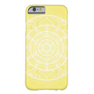 Coque Barely There iPhone 6 Mandala de fruit d'étoile