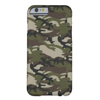 Coque Barely There iPhone 6 Militaires de Camo de région boisée