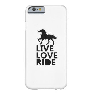 Coque Barely There iPhone 6 Monte de cadeaux d'amants de cheval de tour