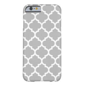 Coque Barely There iPhone 6 Motif #5 de Quatrefoil de Marocain de blanc gris