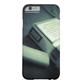 """Coque Barely There iPhone 6 """"On the table"""""""