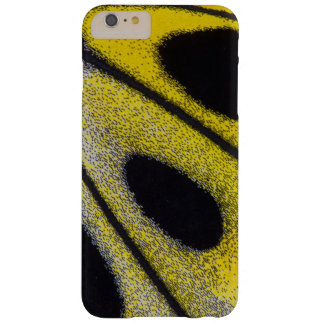 Coque Barely There iPhone 6 Plus Plan rapproché tropical jaune de papillon