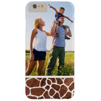 Coque Barely There iPhone 6 Plus Taches faites sur commande de girafe de photo
