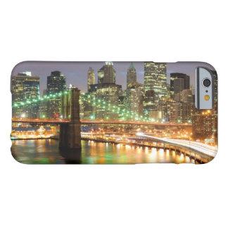 Coque Barely There iPhone 6 Vue de Lower Manhattan et du pont de Brooklyn