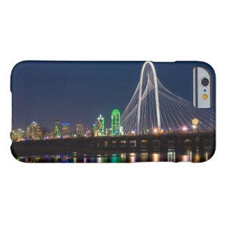 Coque Barely There iPhone 6 Vue de pont de Dallas