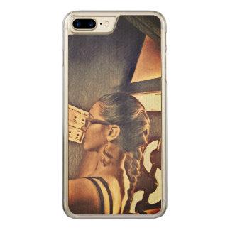 Coque Carved iPhone 8 Plus/7 Plus une fille