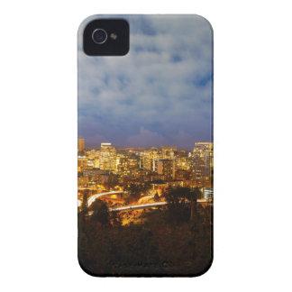 Coque Case-Mate iPhone 4 Portland OU paysage urbain à l'heure bleue