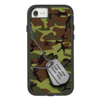 Coque Case-Mate Tough Extreme iPhone 8/7 Camo vert avec des étiquettes de chien