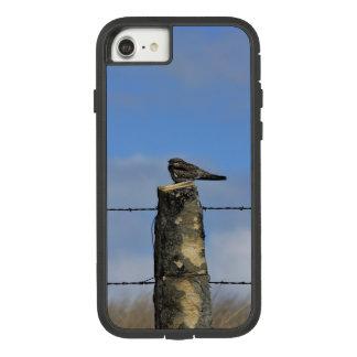 Coque Case-Mate Tough Extreme iPhone 8/7 Faucon du Kansas sur une couverture de téléphone