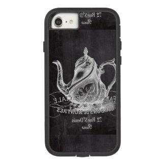 Coque Case-Mate Tough Extreme iPhone 8/7 Théière Alice de tableau au thé du pays des
