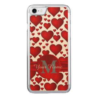 Coque En Bois iPhone 7 Motif romantique de coeur décoré d'un monogramme