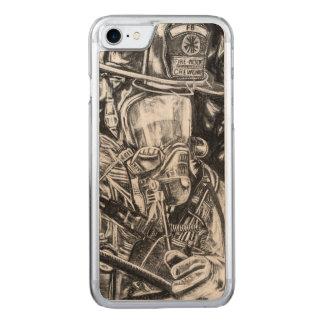 Coque En Bois iPhone 7 Sapeur-pompier - courage - dessin de fusain
