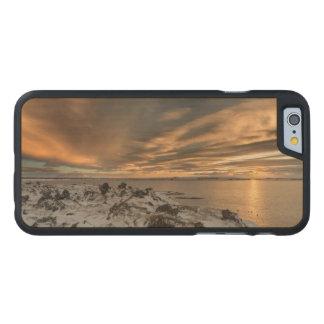 Coque En Érable iPhone 6 Case Coucher du soleil au-dessus de lac Myvatn, Islande