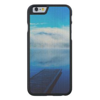 Coque En Érable iPhone 6 Case Dock sur le lac brumeux calme, la Californie