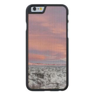 Coque En Érable iPhone 6 Case Paysage de gisement de lave de Milou, Islande