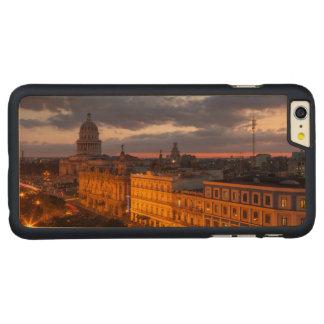 Coque En Érable iPhone 6 Plus Paysage urbain au coucher du soleil, La Havane,