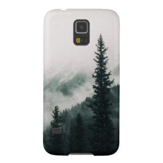 Coque Galaxy S5 Au-dessus des montagnes et de la cuvette les bois