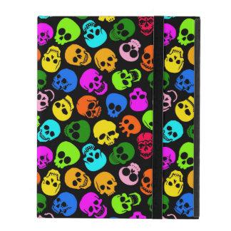 Coque iPad Motif coloré de crânes dans le noir