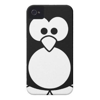 Coque iPhone 4 beau heureux de bébé de pingouin de joie animale