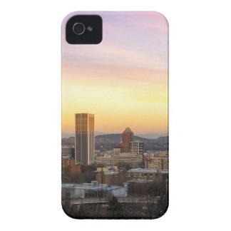 Coque iPhone 4 Case-Mate Coucher du soleil au-dessus de Portland OU de