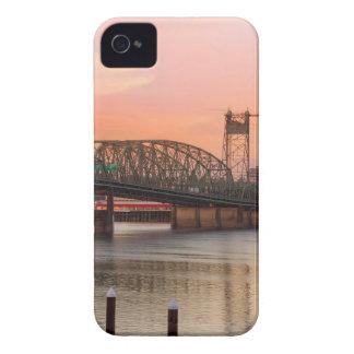Coque iPhone 4 Case-Mate Pont d'un état à un autre au-dessus du fleuve