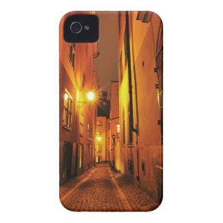 Coque iPhone 4 Case-Mate Rue dans Gamla Stan à Stockholm, Suède la nuit