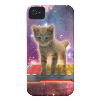 Coque iPhone 4 chat de clavier - chat tigré - minou