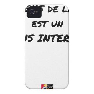 COQUE iPhone 4 LE SENS DE LA VIE EST UN SENS INTERDIT
