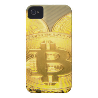 Coque iPhone 4 Macro grand mojo rond de Bitcoins
