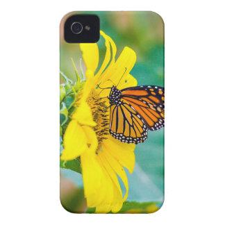 Coque iPhone 4 Papillon sur un tournesol