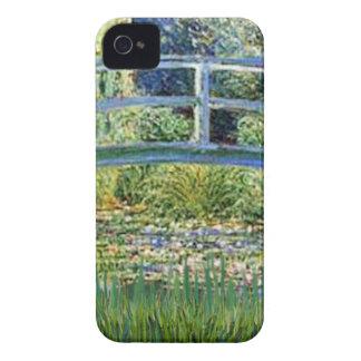 Coque iPhone 4 Pont d'étang de lis - insérez votre animal
