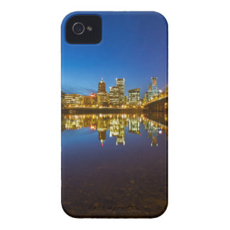Coque iPhone 4 Portland OU heure du centre de bleu d'horizon de